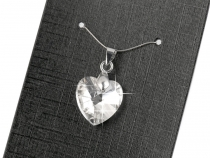 Cut Glass Heart Pendant 14 mm